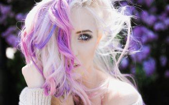 Kolorowe włosy! Poznaj najnowsze trendy w koloryzacji włosów